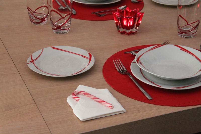 chrismas table art red 7